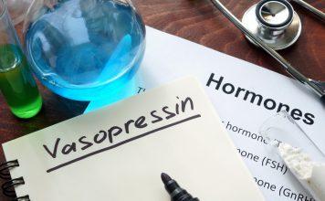 niedobór sodu wazopresyna hiponatremia SIADH